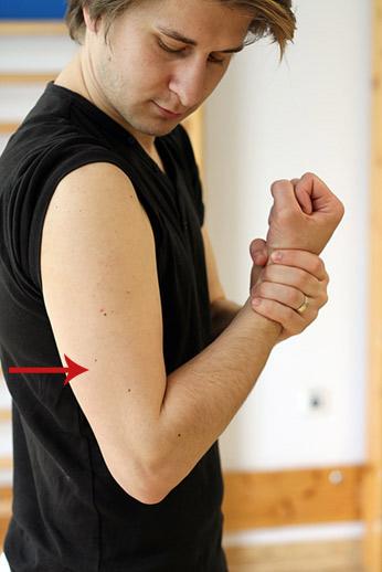 timpul de recuperare a luxației cotului zdrobiți în articulații, fără să o durere