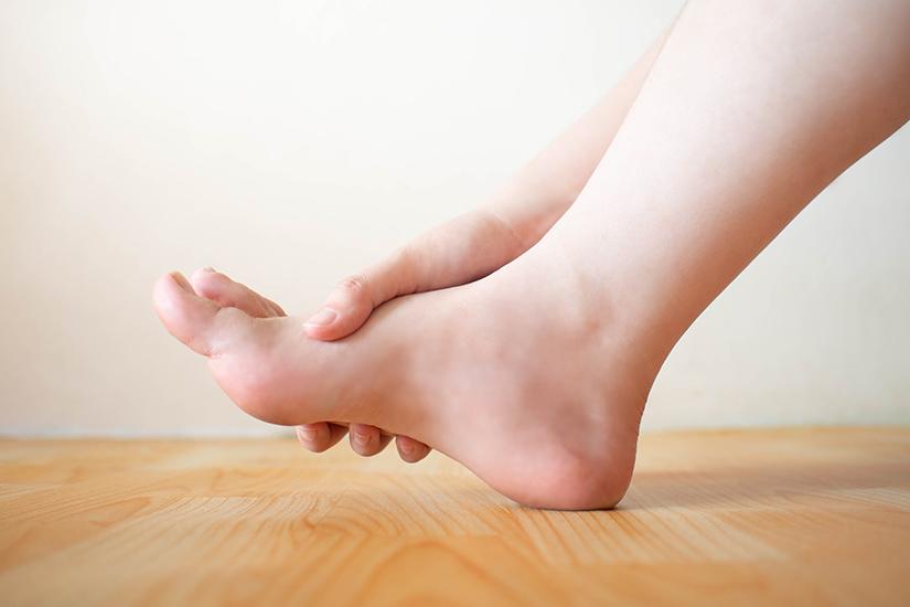 tratamentul edemului artrozei piciorului artroza tratamentului simptomelor coloanei cervicale