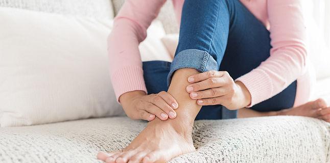 deteriorarea parțială a ligamentelor genunchiului rinichi dureros se poate răni articulațiile