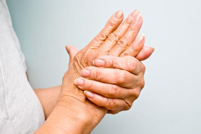 articulația umflată și dureroasă pe deget
