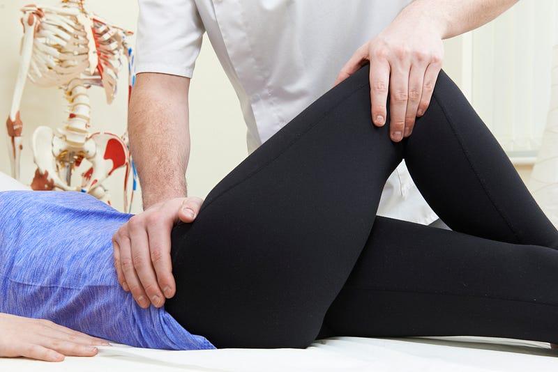 Compresa durerile articulare ameliorează umflarea și durerile articulare