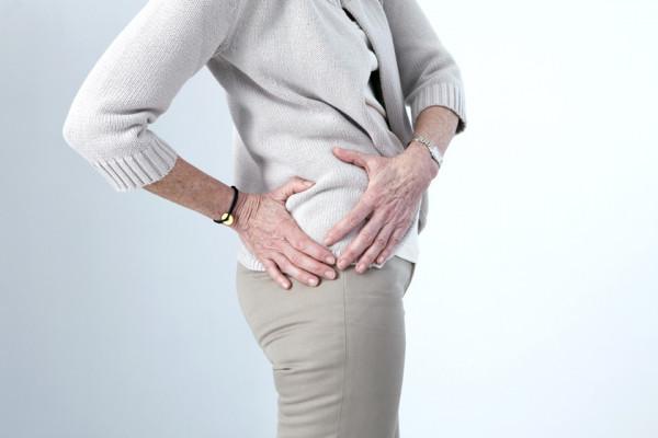 durere în articulația șoldului atunci când întinde sfoara artrita idiopatică a genunchiului