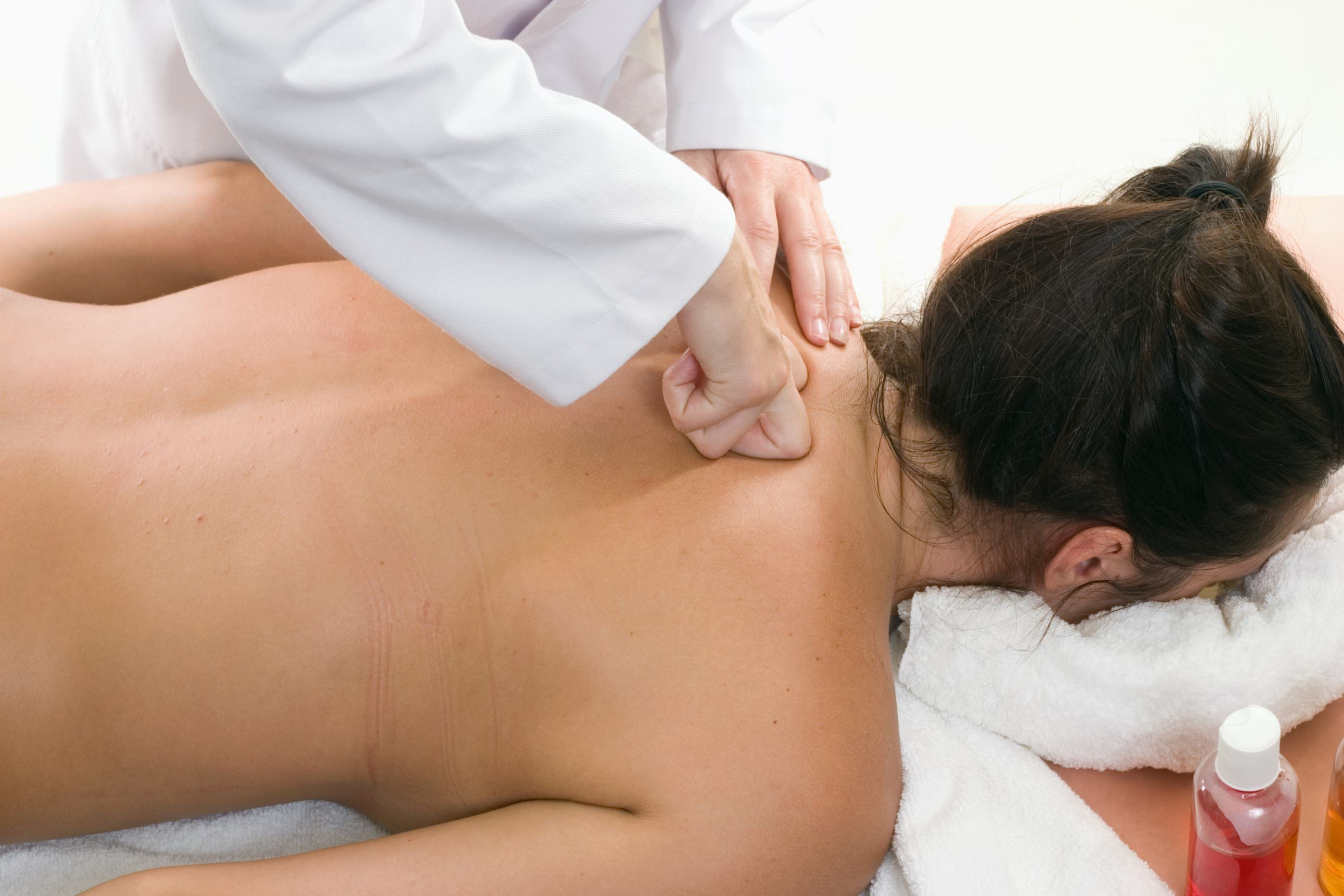 dureri articulare în abdomen