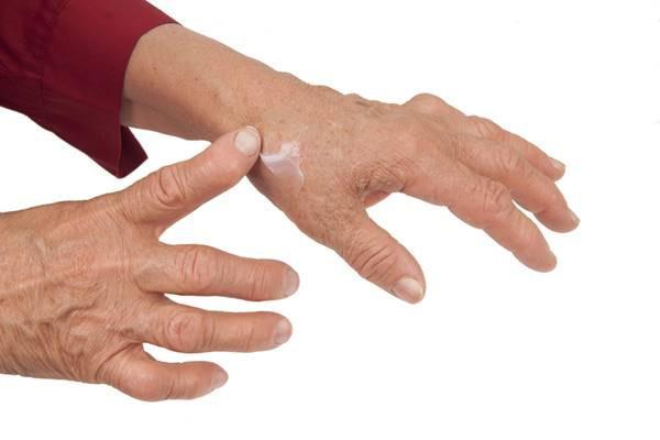durere în articulația degetului mare al mâinii stângi