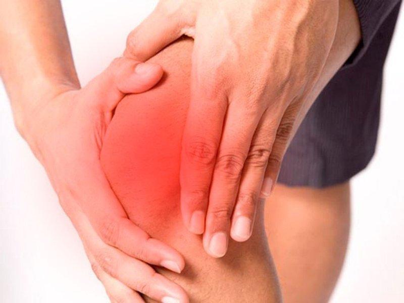 dureri la nivelul genunchiului când stai braț dureros în articulația umărului