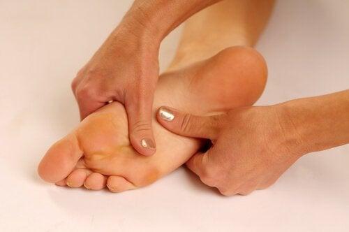 injecții voltaren pentru dureri articulare nou în tratamentul artrozei gleznei