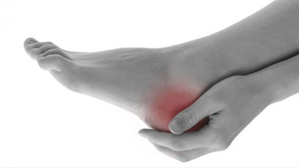 articulația doare în călcâie