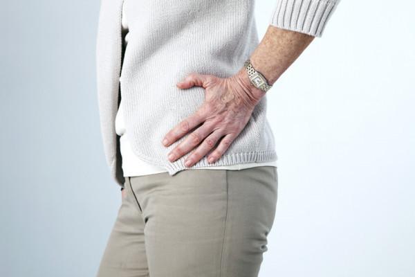 dureri de spate și articulații cruncante vene dureri articulare